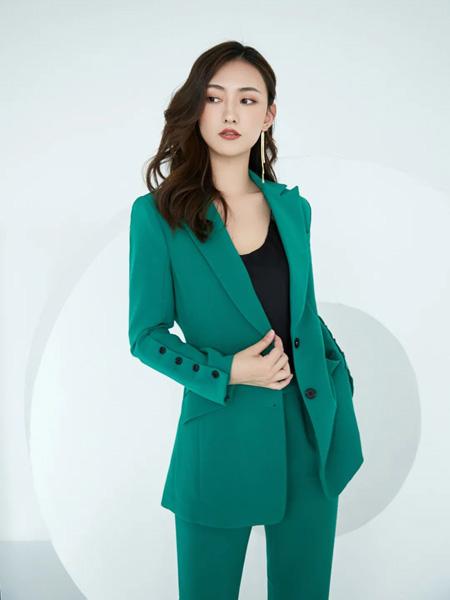 巴蒂米澜女装品牌2020春夏海绿色西装套装