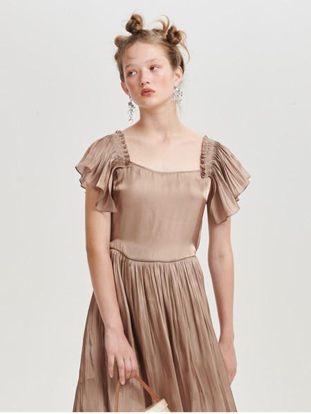 Deepmoss国际品牌新款拿铁水泽花边袖连衣裙垂坠女