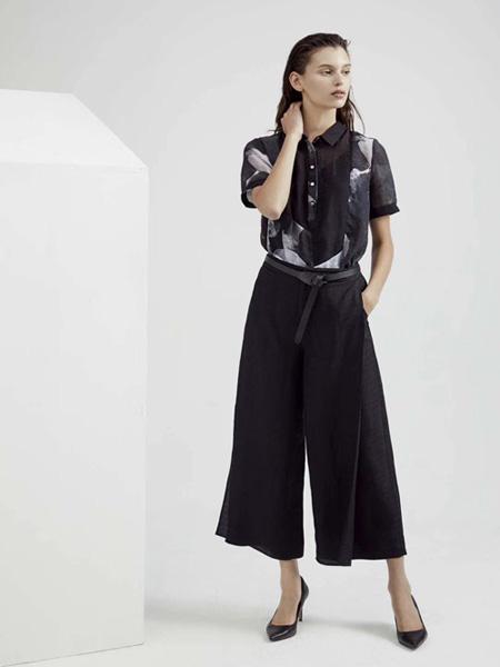 Guke谷可女装品牌2020春夏翻领黑色衬衫黑色阔腿裤