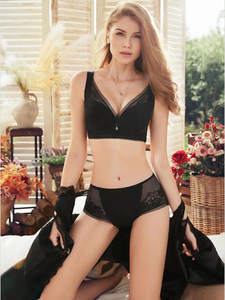 杰奎琳女装品牌2020春夏黑色文胸套装