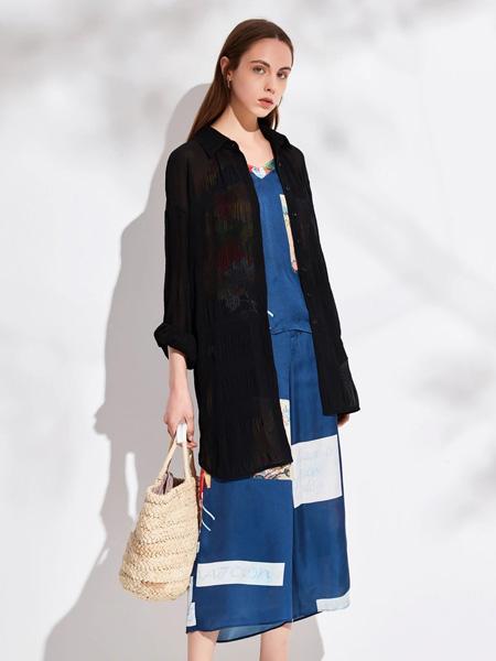 昆诗兰女装品牌2020春夏黑纱长款外套