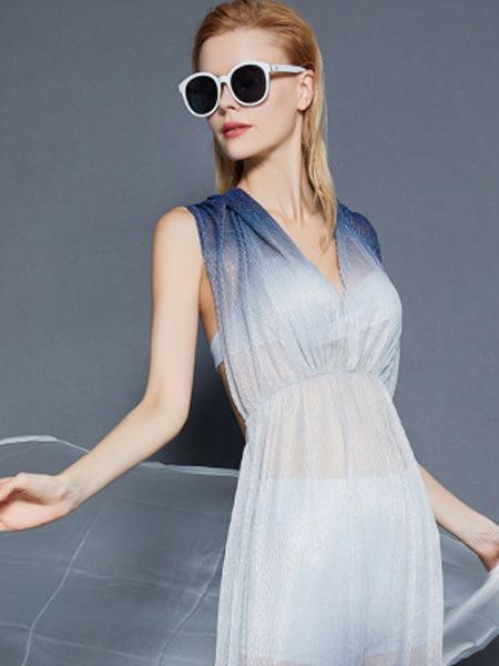 MYBODY内衣品牌2020春夏泳衣女三件套优雅美背泳衣套装显瘦聚拢性感泳衣