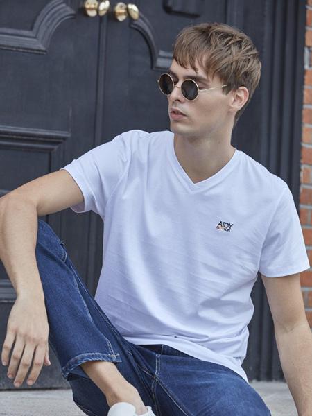 爱迪丹顿男装品牌2020春夏V领白色T恤