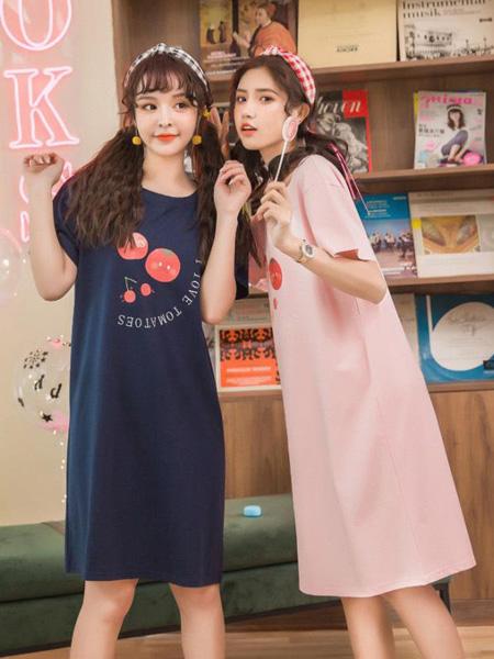 小妇人内衣品牌2020春夏深蓝色圆领长款T恤