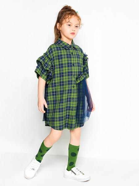 时尚小鱼童装品牌2020春夏款网红洋气女童短袖洛丽塔格子连衣裙
