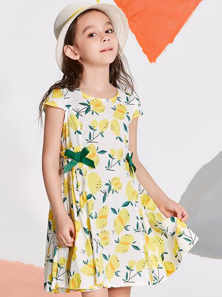 2020春夏儿童连衣裙女夏装无袖背心假�x使者看著�@漫天火雨两件纯棉印花公主裙