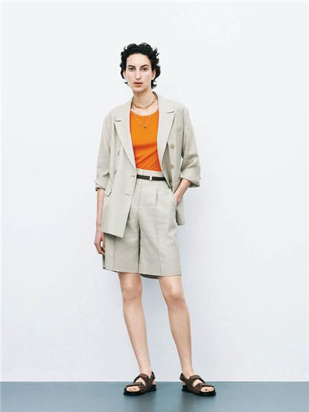 Mila Owen国际品牌2020秋季米色西装外套短裤