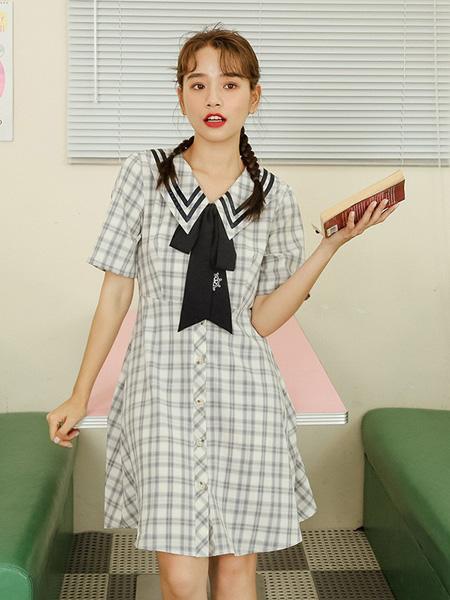 蚂蚁q娃女装品牌2020春夏清新少女格子连衣裙