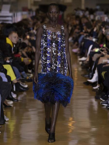 Koche国际品牌2020春夏吊带蓝色连衣裙