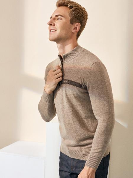 贵群羽绒羊绒品牌2020秋冬圆领米色羊绒衫