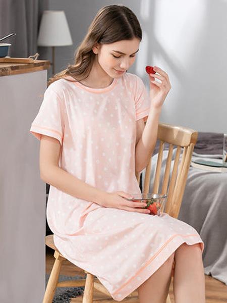 韩彩内衣品牌2020春夏圆领浅粉色波点家居服