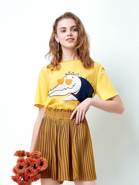 织度女装品牌2020春夏可爱卡通图案圆领短袖