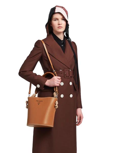 普拉达箱包品牌2020春夏单肩包棕色