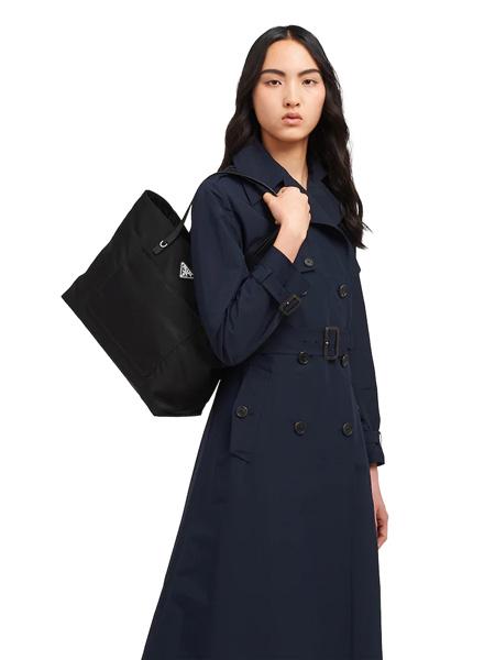 普拉达箱包品牌2020春夏黑色手提包
