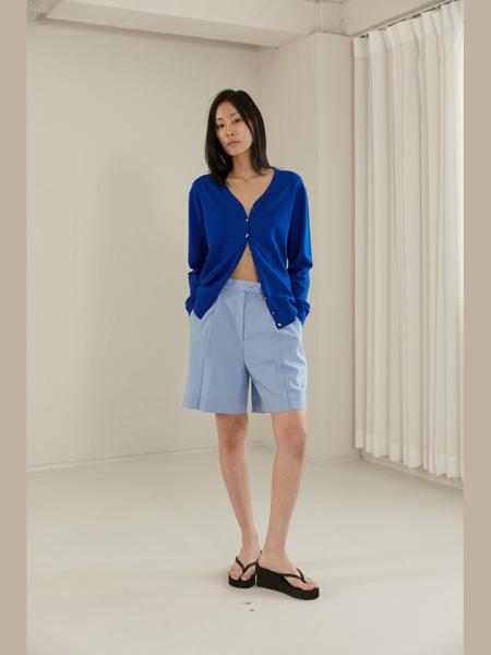 The Centaur女装品牌2020春夏深蓝色针织衫短裤