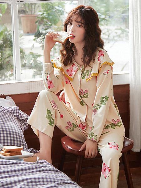 生活夜曲内衣品牌秋季米色花朵家居服