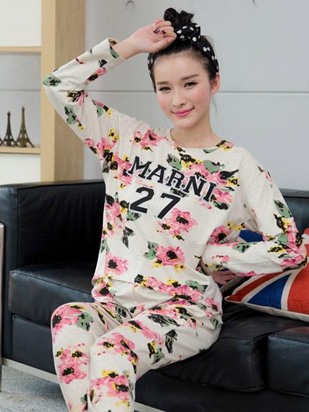 生活夜曲内衣品牌秋季字母数字白底花朵家居服
