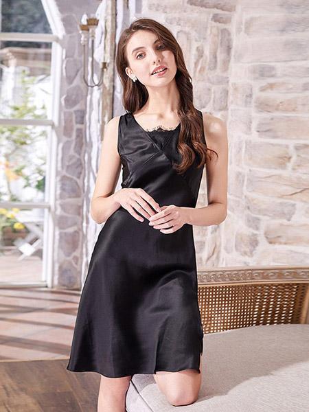 美标内衣品牌2020春夏黑色修身连衣裙冰丝