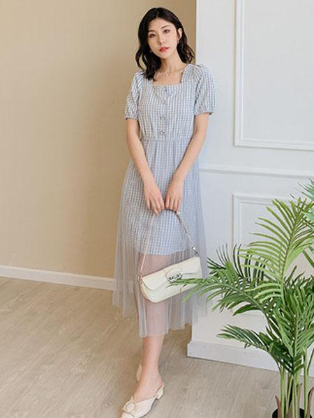 欧珂OLDCOLOUR女装品牌2020春夏小格子法式方领洋气通勤气质淑女长款网纱连衣裙女夏