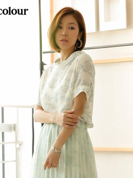 欧珂OLDCOLOUR女装品牌2020春夏短袖套头衫浅绿色印花圆领