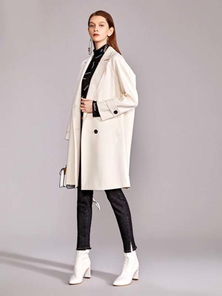 迪笛欧女装品牌2020秋季米色西装外套中长款