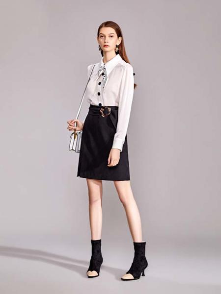 迪笛欧女装品牌2020秋季翻领白色雪纺衫黑色半裙