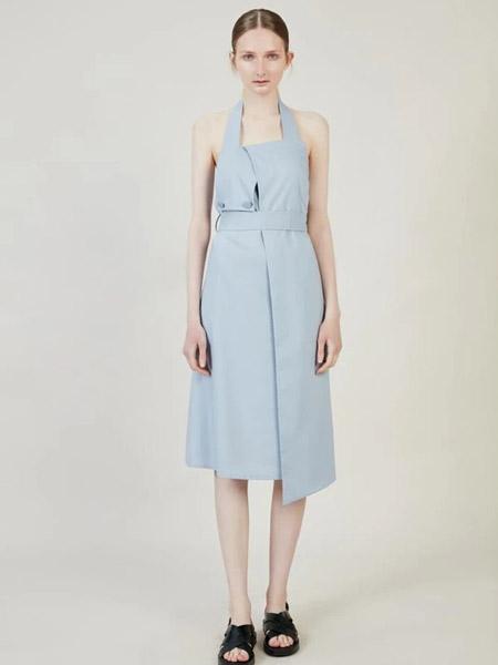 Blancore国际品牌2020春夏淡雅吊带裙