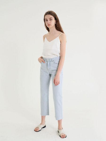 MARRON EDITION国际品牌2020春夏一字领纯棉复古短袖