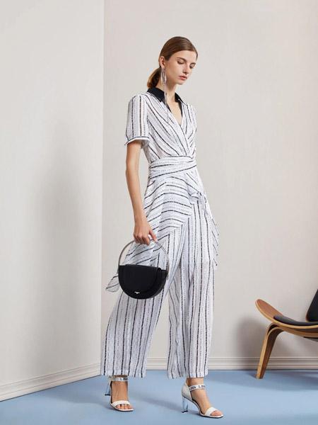 莱芙.艾迪儿女装品牌2020春夏斜纹黑白连体裤