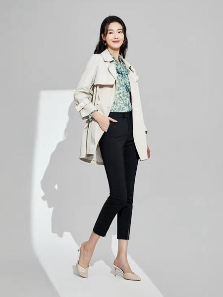 凡恩女装品牌2020春米色中款外套