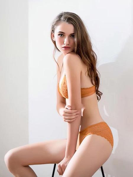 狄朵娜内衣品牌2020春夏姜黄色文胸套装