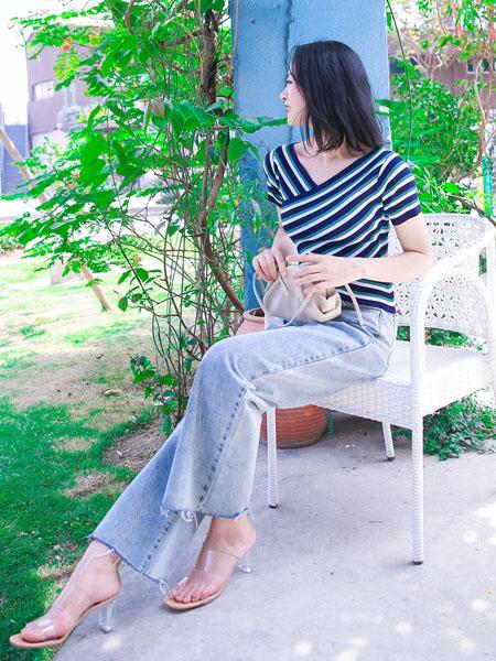 WSM 威丝曼女装品牌2020春夏斜纹藏蓝色上衣