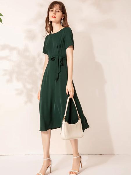蓝缇儿女装品牌2020春夏蝴蝶结系带收腰青色连衣裙
