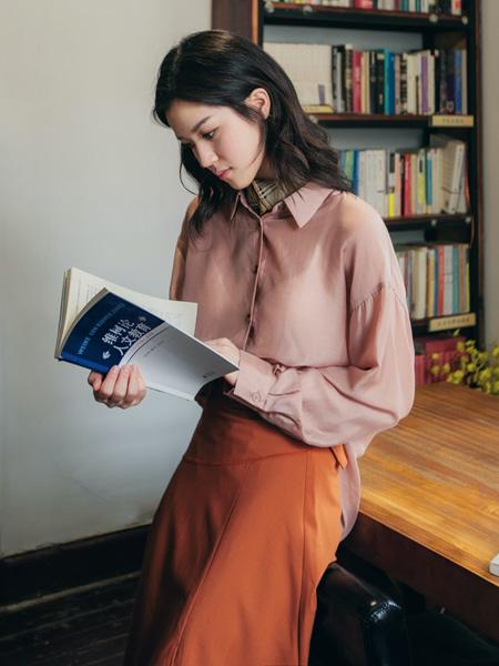 pit女装品牌2020秋季方蓝粉色衬衫长袖