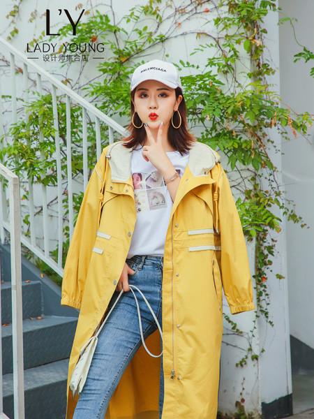 LADY YOUNG女装品牌2020秋季休闲加绒外套
