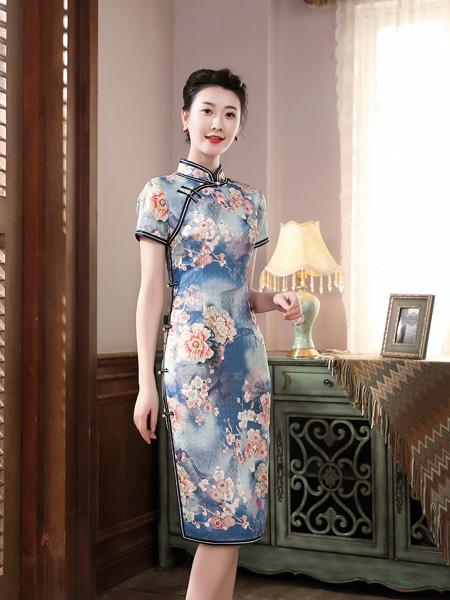 唐雅阁女装品牌彩38平台2020春夏蓝色花朵旗袍连衣裙