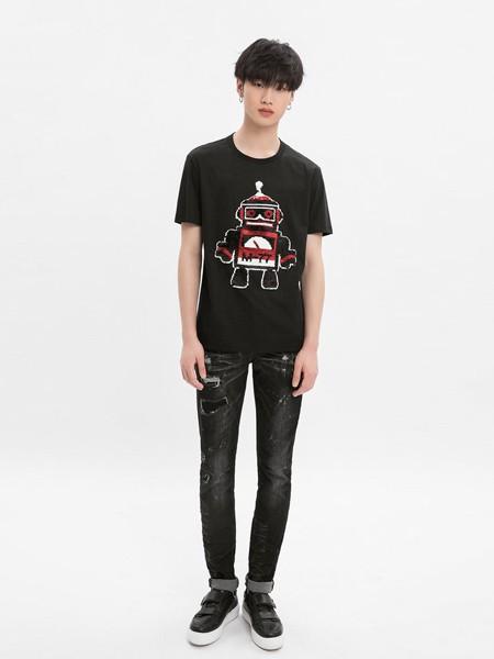 M-77男装品牌2020春夏黑色T恤机器人