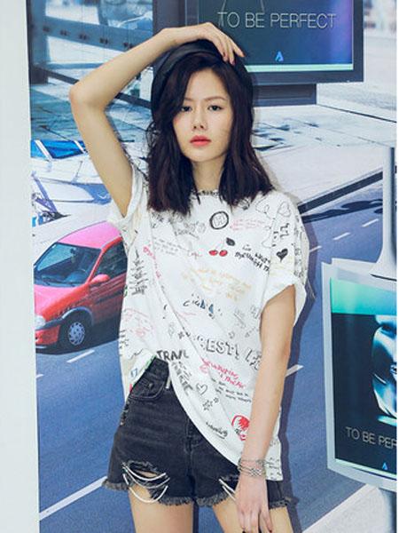 N-ONE女装品牌2020春夏夏季新品手绘印花短袖T恤女圆领上衣