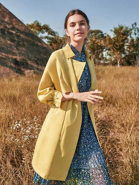 尚琳雅女装品牌2020秋季暖黄色复古大衣