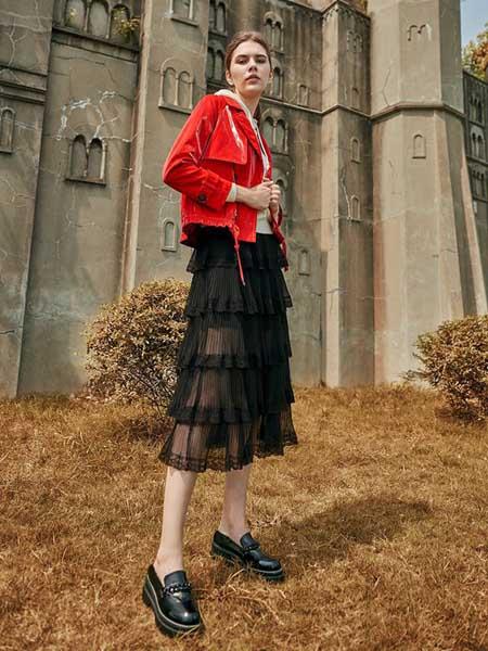 尚琳雅女装品牌2020秋季时尚短款牛仔夹克衫
