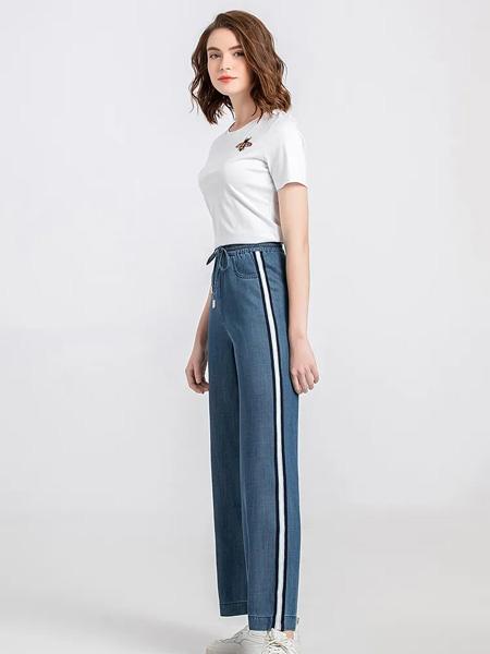 茗女装品牌2020春夏圆领白色T恤深蓝色长裤