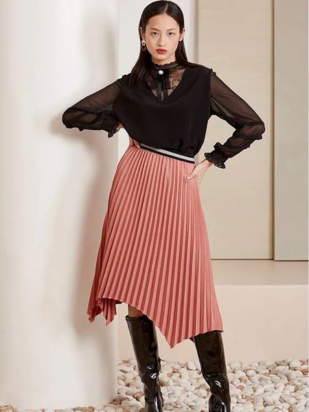 芊之美女装品牌2020秋季黑色长袖网纱上衣