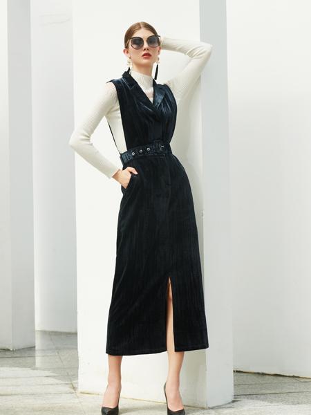 例格女装品牌2020秋季收腰黑蓝色连衣裙开叉