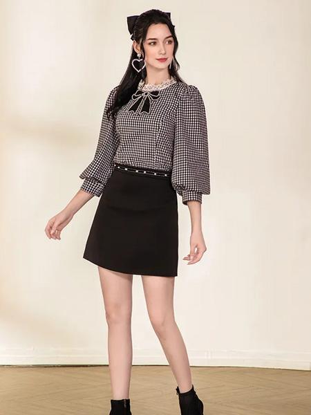 珈姿・莱尔女装品牌2020秋季格纹黑白上衣
