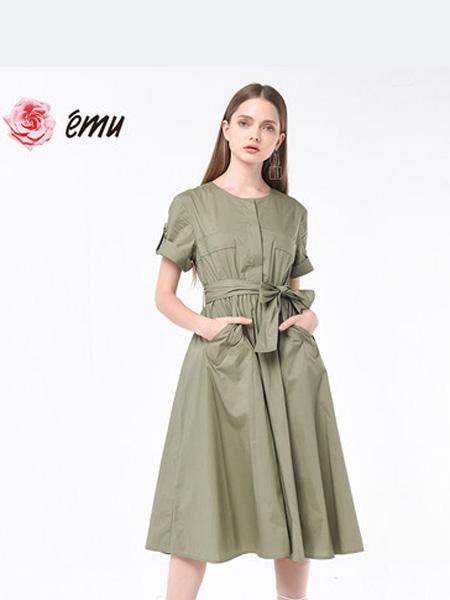 依妙女装品牌2020春夏emu/依妙中长款绿色纯棉连衣裙女设计感小众收腰显瘦时尚裙子气质