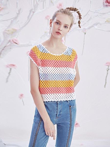 BlingBlingQuinn女装品牌2020春夏针织镂空短袖