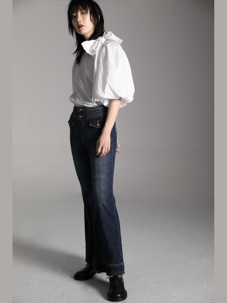 AttinaLife阿缇娜女装品牌2020秋季蝴蝶结白色衬衫