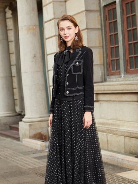 诺曼琦女装品牌2020秋季黑色西装外套波点黑色连衣裙