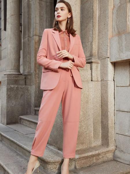 诺曼琦女装品牌2020秋季橘粉色西装套装