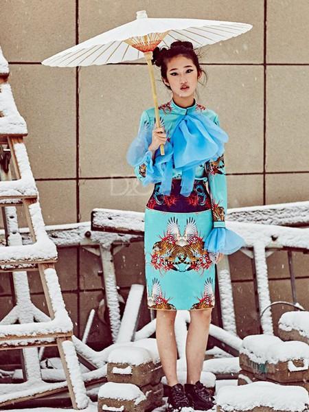 趙贝勒PRINCE ZHAO女装品牌2020春夏蓝色收腰连衣裙